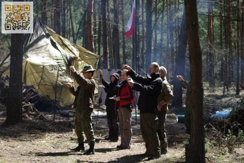 Pełne szkolenie survivalowe - kwiecień 2013
